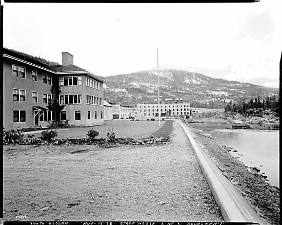 VPL #15576, Leonard Frank, 1938, Staff houses at West Kootenay Power and